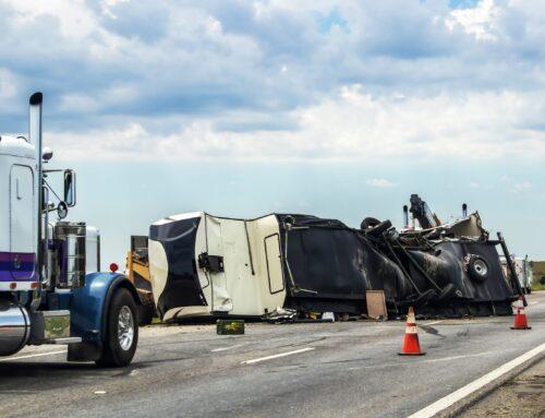 Los accidentes de camiones a menudo producen muchos heridos